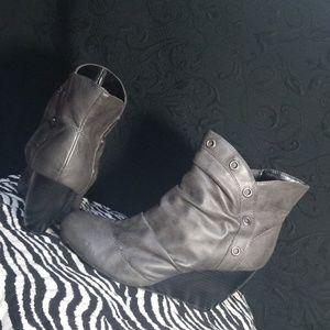 Decree ankle booties